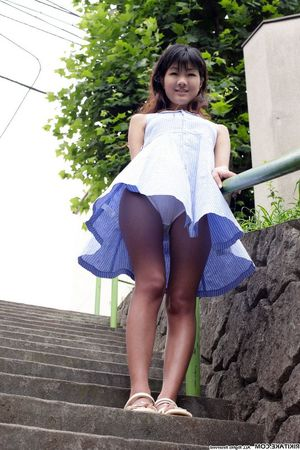 japanese school girls upskirts