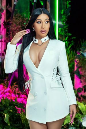 cardi b sexy pictures
