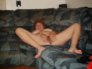 mature wife gloryhole