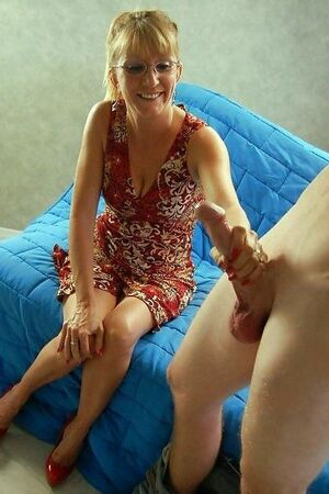 mature car handjob