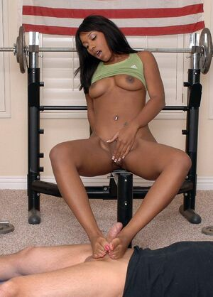 ebony footjob videos