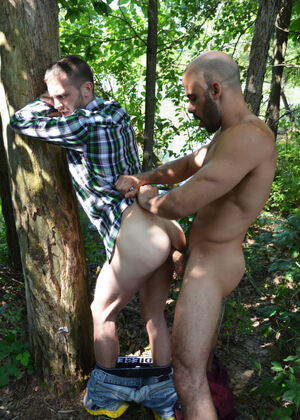 dont fuck in the woods nudity