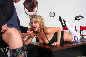 mia malkova blowjob mom