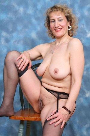 nude farmer wife