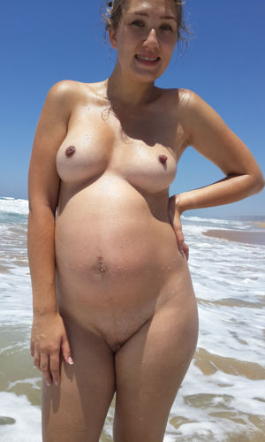 pregnant nudist photos