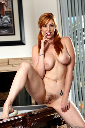 lauren phillips piss