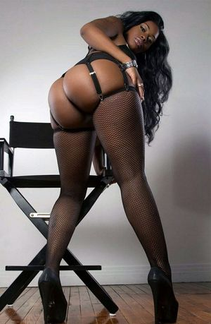 big booty mature ebony